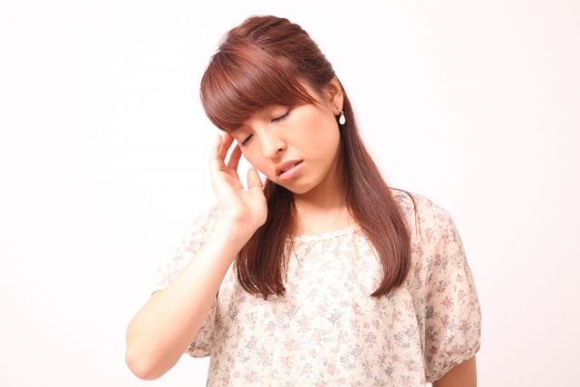 自律神経失調症が原因で起こるめまい・吐き気の対処法
