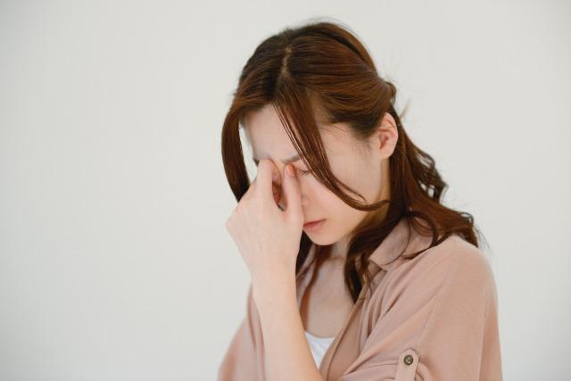 めまいと発汗の原因は!?自律神経失調症によって起こる症状?